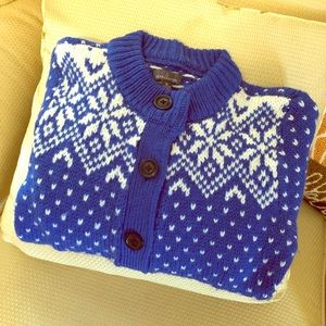 LL Bean Blue and White Snow Flake Cardigan EUC